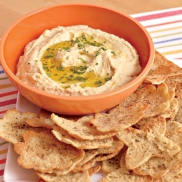 easy-hummus-pita-chips-recipe-photo-420-FF0511COOKA01