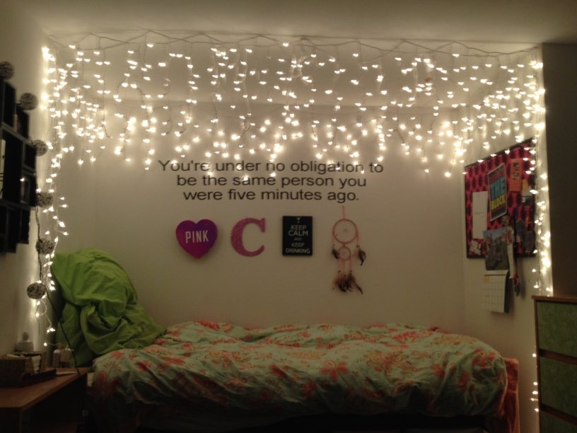 How to Turn Your Room into a Girl Cave! – The Roar